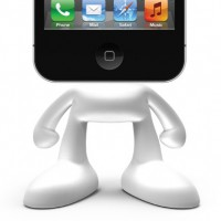 PINHEAD-iPhone-Dock